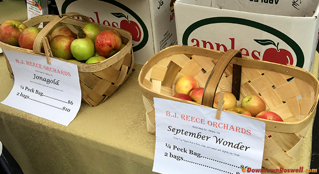 roswell-farmers-market-apples