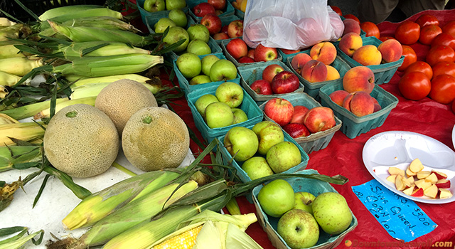 roswell-farmers-market-fruits